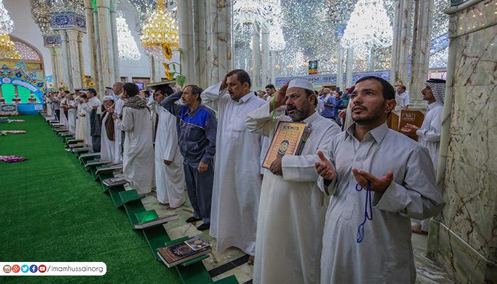 (علي القرآن والقرآن علي)