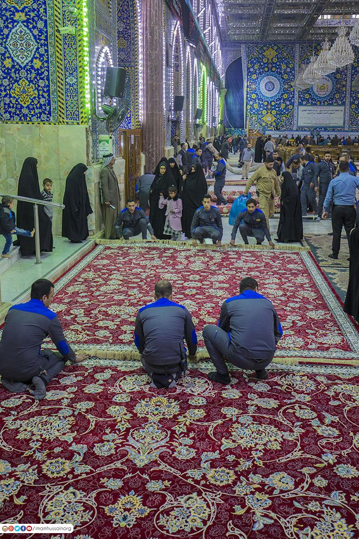 مفروش شدن صحن و سرای حرم امام حسین علیه السلام با فرشهای جدید