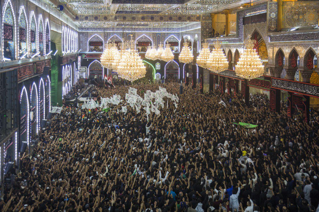 ممثل المرجعية خلال مراسيم استبدال الراية:  هذا ما يحتاج إليه الإمام الحسين عليه السلام من الجميع وبالخصوص من الشباب