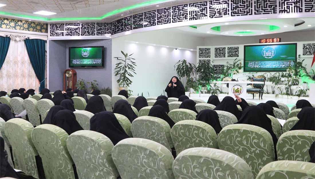 ندوة نسوية في النهضة الحسينية